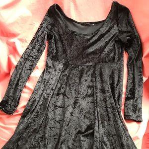 Dresses & Skirts - Crushed velvet empire waist dress
